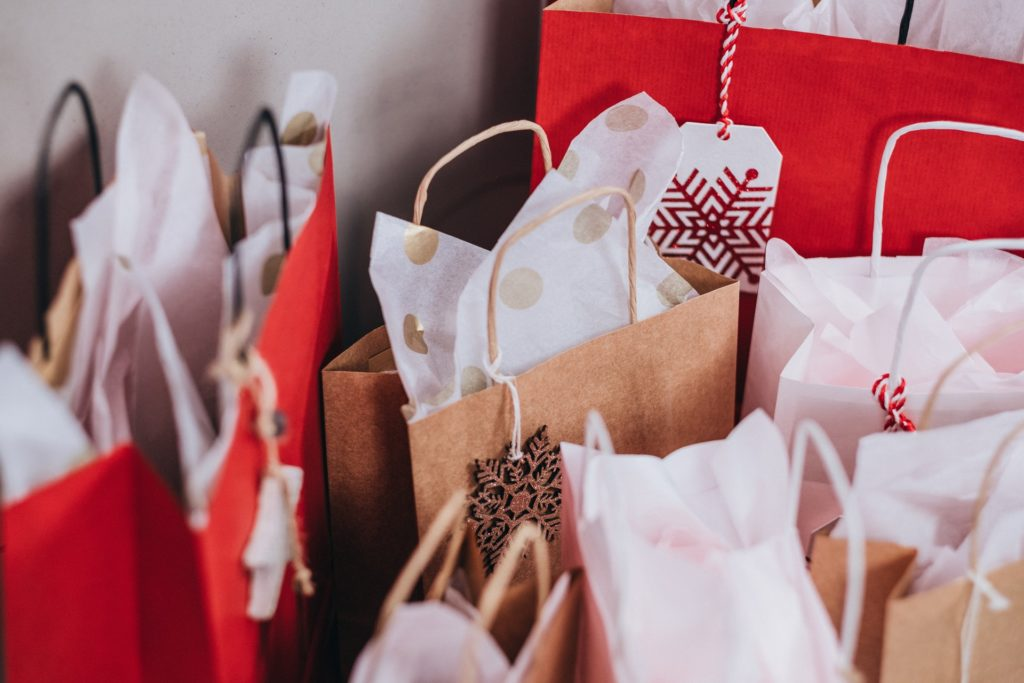 5 Tips to Make Sure Your Online Holiday Shopping is Safe
